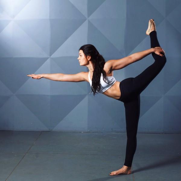 Yoga_Ayurveda159ce4ffc6d456
